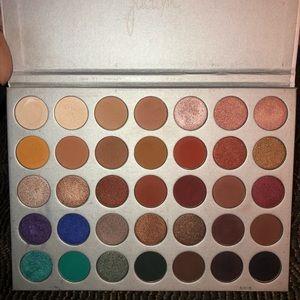 Morphe x Jaclyn Hill make up eyeshadow palette